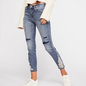 Free People About A Girl Destroyed Skinny Jeans